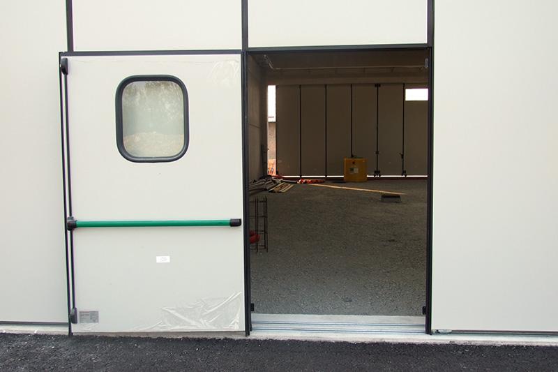 Opcjonalne wyposażenie - drzwi przejściowe bez progu