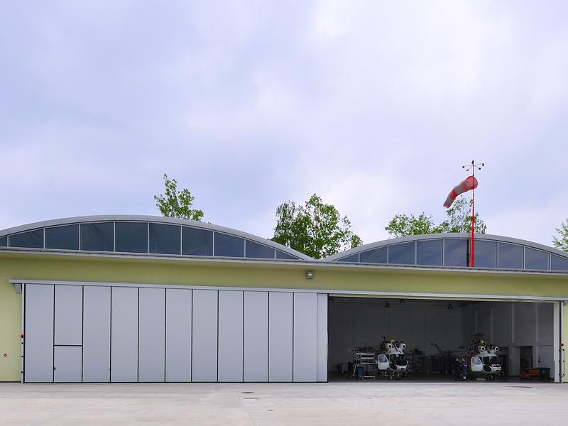 Brama hangarowa marki Bramar dla Eltar Tarnów