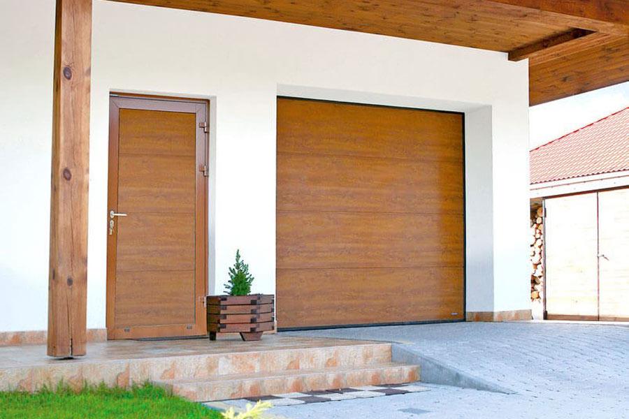 Drzwi boczne do garażu Wiśniowski