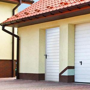 Drzwi boczne do garażu